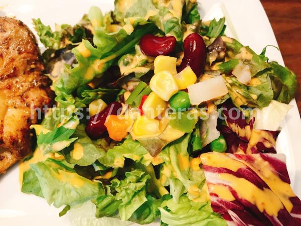筋肉食堂のサラダ